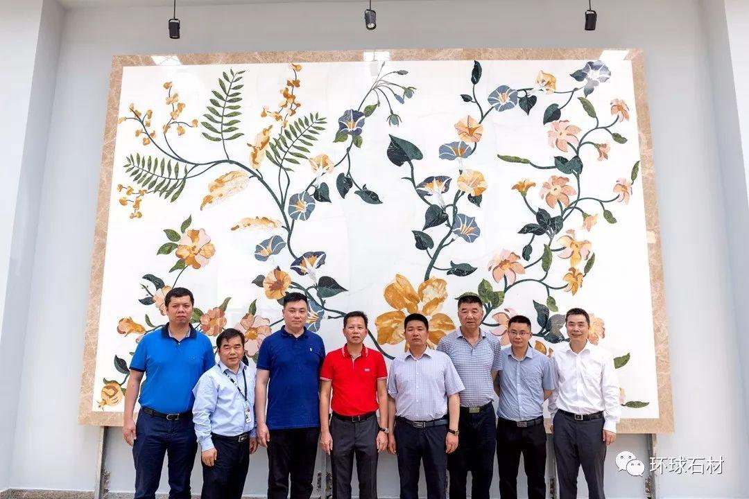 新疆叶城二牧场领导莅临环球Williamhill注册参观考察